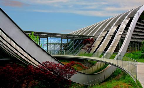 Les architectes de demain veulent croiser les disciplines pour réinventer la ville